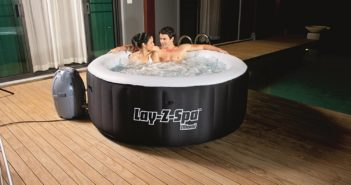 SaluSpa Miami AirJet Inflatable Hot Tub Review
