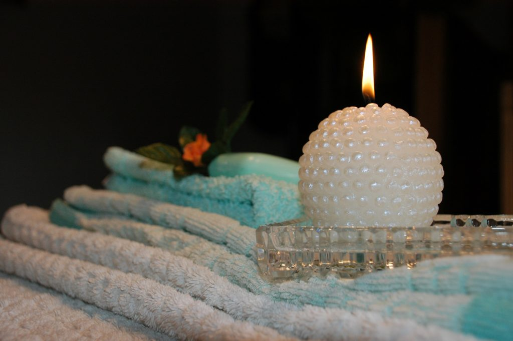 6 Ways To Enjoy The Best Spa Experience At Home Meditation